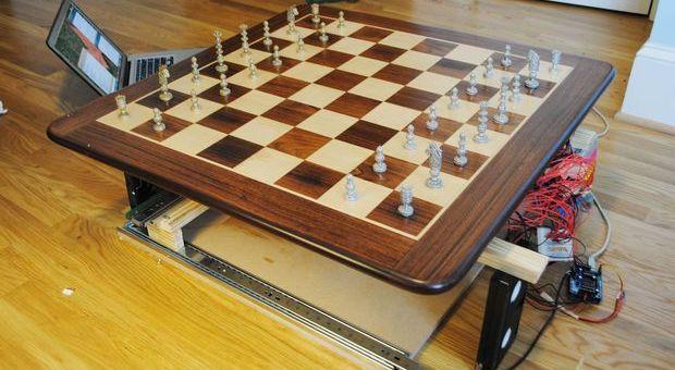 ajedrez arduino - 5 proyectos para empezar con Arduino este verano
