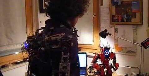 exoesqueleto arduino - Controla un robot con un exoesqueleto LEGO y Arduino