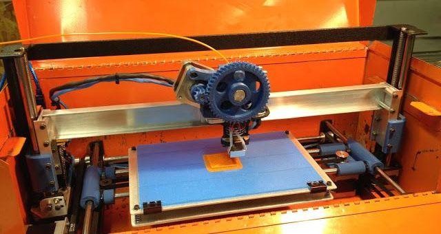 impresora3d arduino - Reconvierte una vieja caja de herramientas en una impresora 3D portátil