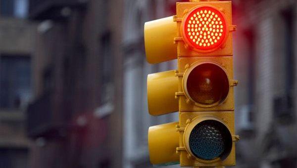 Cruce de semáforos LED