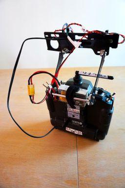 mimic arduino3 299x450 - Controla el vuelo y la cámara de tu dron mediante gestos gracias a Arduino