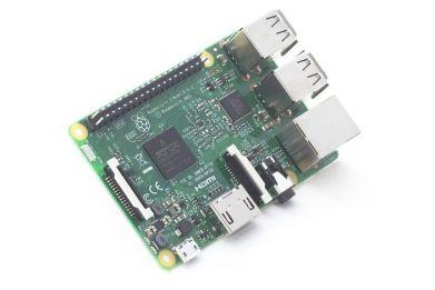 raspberrypi3-673x450 Ofertas Black Friday en Arduino, Raspberry Pi, Drones y robots