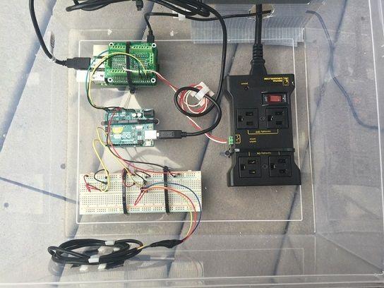 iotpiscina - Sistema de control para piscinas con Arduino y Raspberry Pi