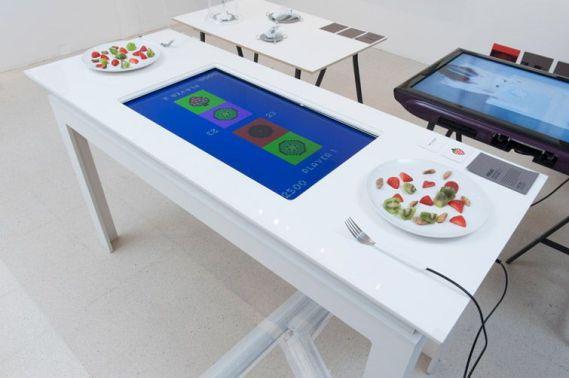 pixelate1 677x450 - Pixelate, un juego basado en Arduino para comer mejor