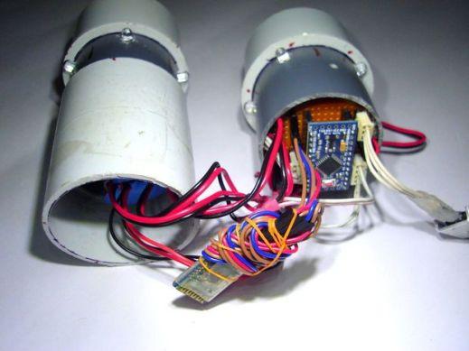 pipebot-600x450 Pipe Bot, un divertido robot controlado con tu smartphone y Arduino