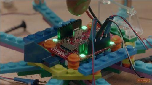 flybrix2 Flybrix, fabrica tu propio drone con piezas de LEGO
