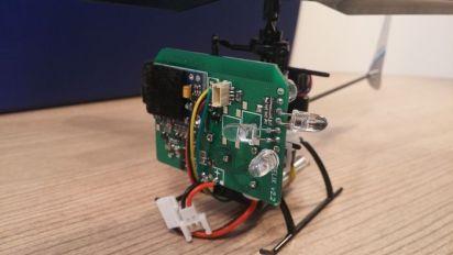 droiko3 Droiko, un pequeño drone de código abierto para jugar