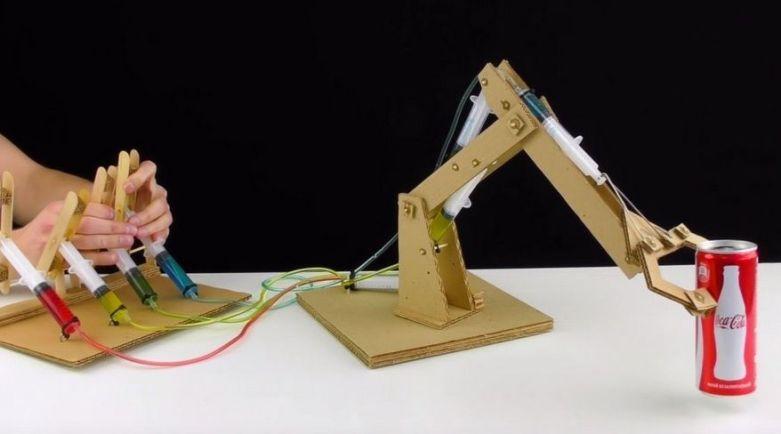 carton4-800x445 Cómo construir un brazo robot totalmente funcional con cartón
