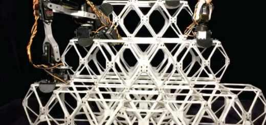 robots trabajando juntos en estructuras