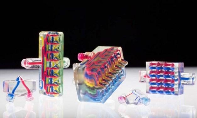 Investigadores de Harvard desarrollan una impresora 3D multiboquilla que puede cambiar entre 8 tintas