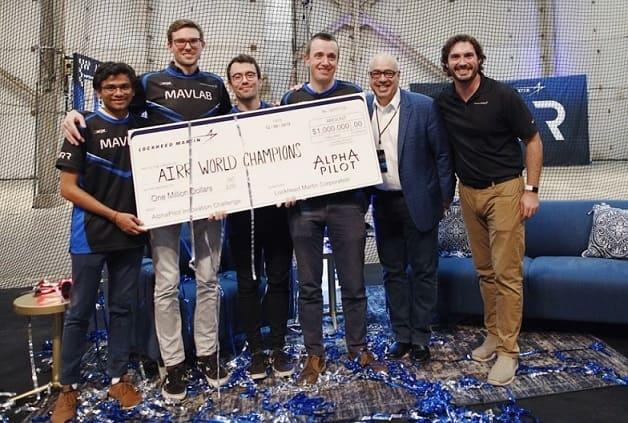 carreras de drones - Drones autónomos van a las carreras por un millón de dólares en efectivo