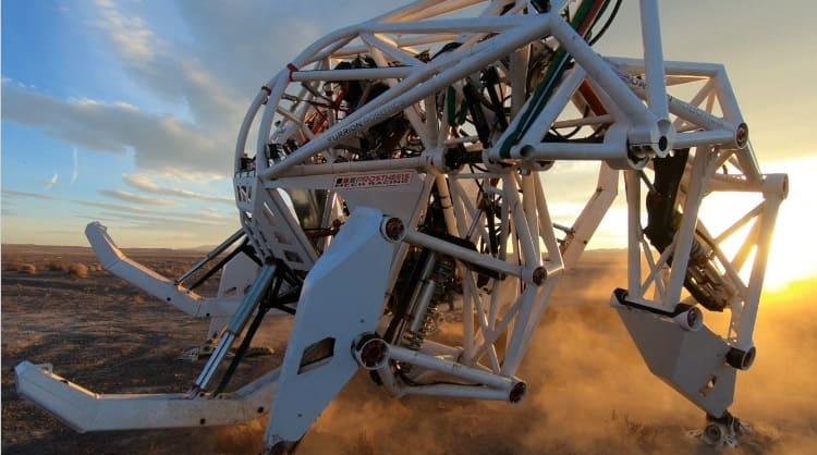 Prosthesis robot carrera - Por 1.515 dólares puedes dar una vuelta en Prosthesis, una bestia robótica