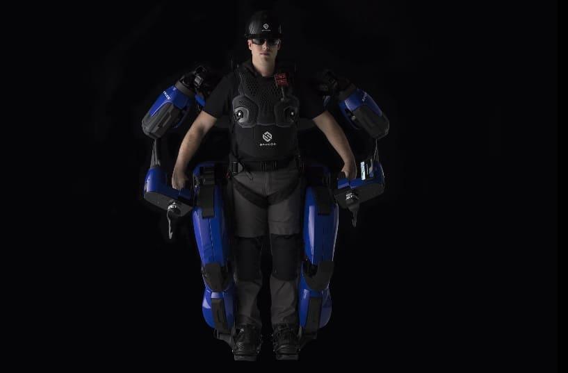 exoesqueleto para trabajadores - El exoesqueleto de Sarcos, preparado para su producción comercial
