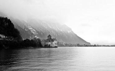Castillo de Chillón junto al lago Lemán