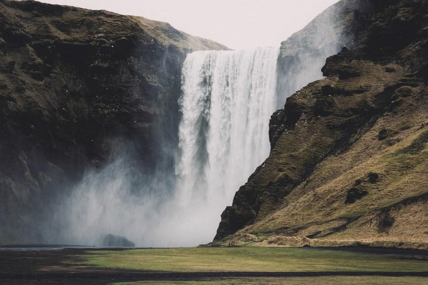 Cascada Skógafos en el sur de Islandia