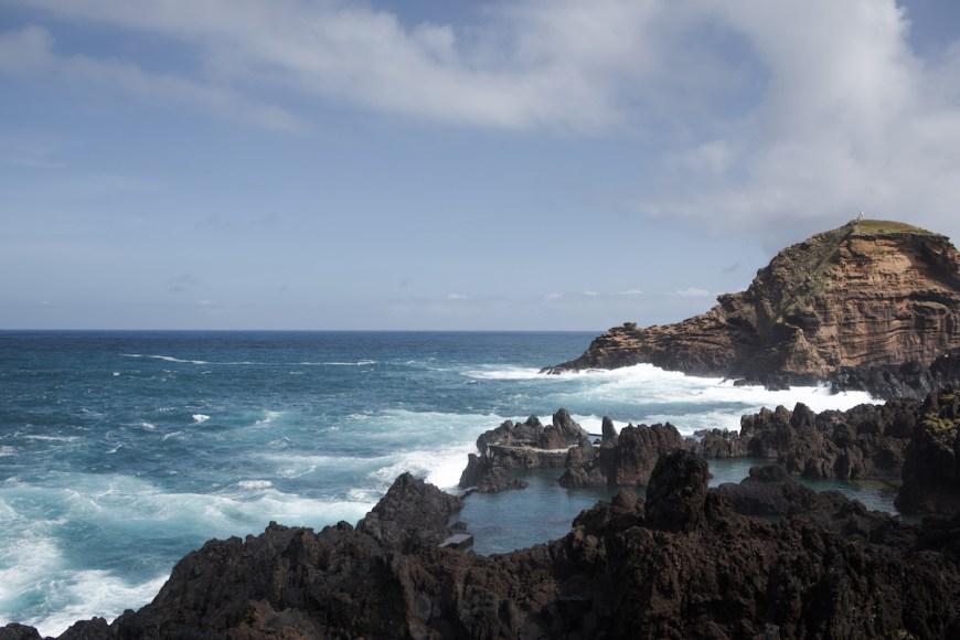Piscinas naturales de Porto Moniz en el norte de Madeira