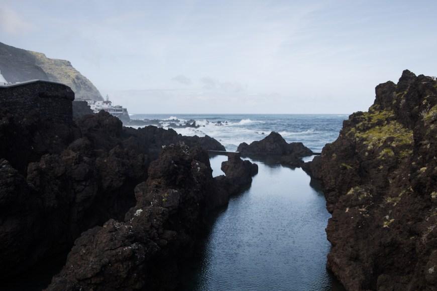 Piscinas naturales de Porto Moniz en el norte de Madeira.