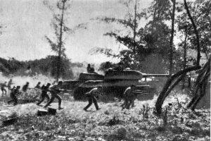 Ofensiva de las fuerzas armadas de cubanas en la playa Girón el 19 de abril de 1961, apoyados por tanques T-34 (Wikimedia).