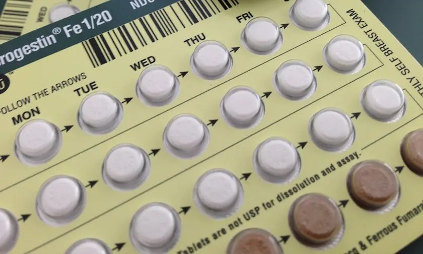 Evidence that intrauterine exposure to oral contraceptives might slightly affect pubertal timing