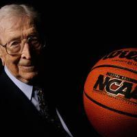 John Wooden: el filósofo del baloncesto