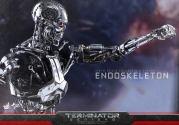 Terminator-Genisys-T-800-Hot-Toys-008