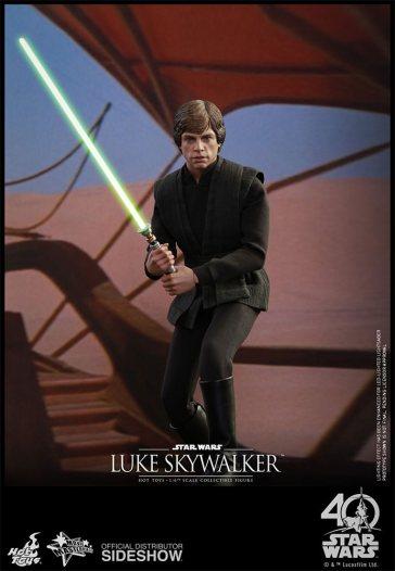 star-wars-luke-skywalker-sixth-scale-hot-toys-903109-10
