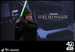 star-wars-luke-skywalker-sixth-scale-hot-toys-903109-16