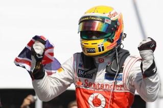 Hamilton celebrando la victoria