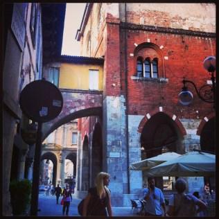 Entrada a Piazza Mercanti