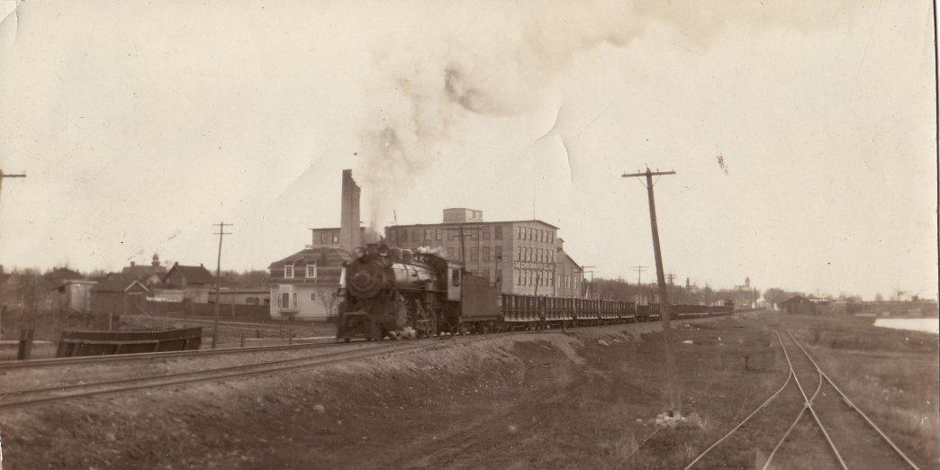 Steam locomotive heading west