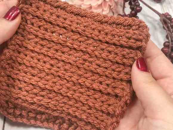 Camel stitch crochet swatch