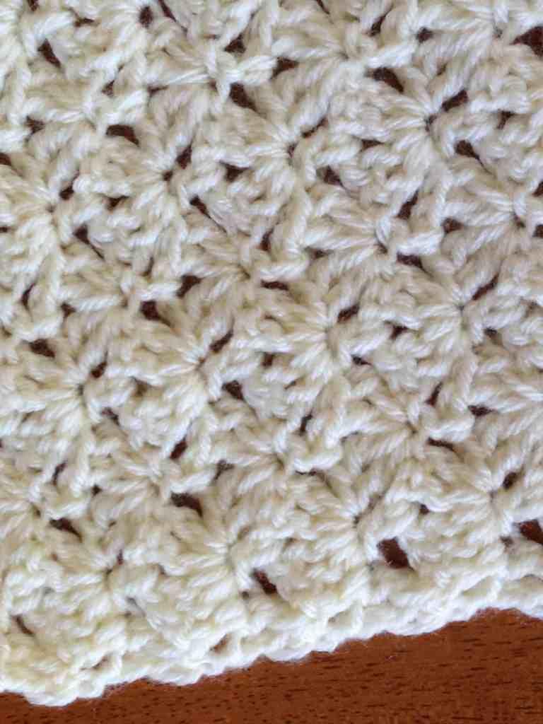 How to Crochet the Interlocking Fan Stitch