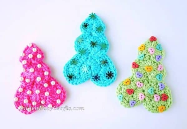 Heart Christmas Tree Ornament - free crochet pattern