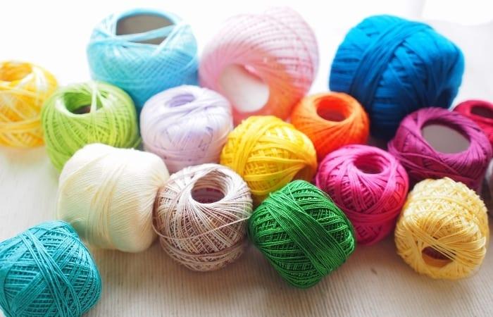 lace weight yarn - crochet thread