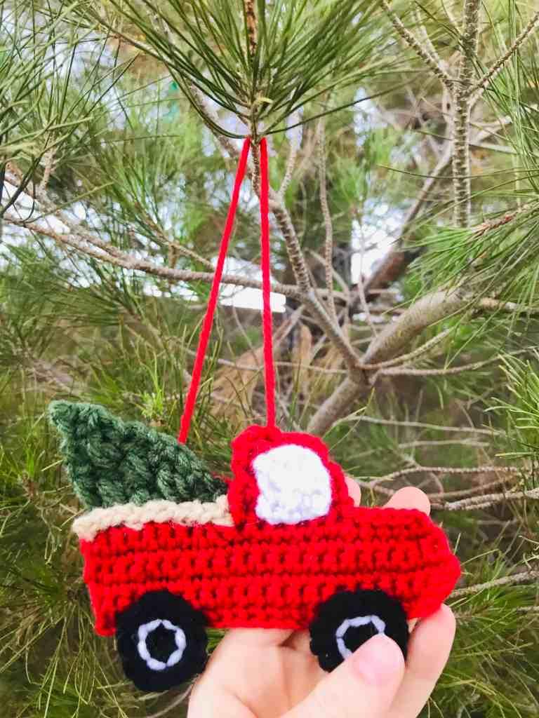 Vintage Red Truck Crochet Pattern