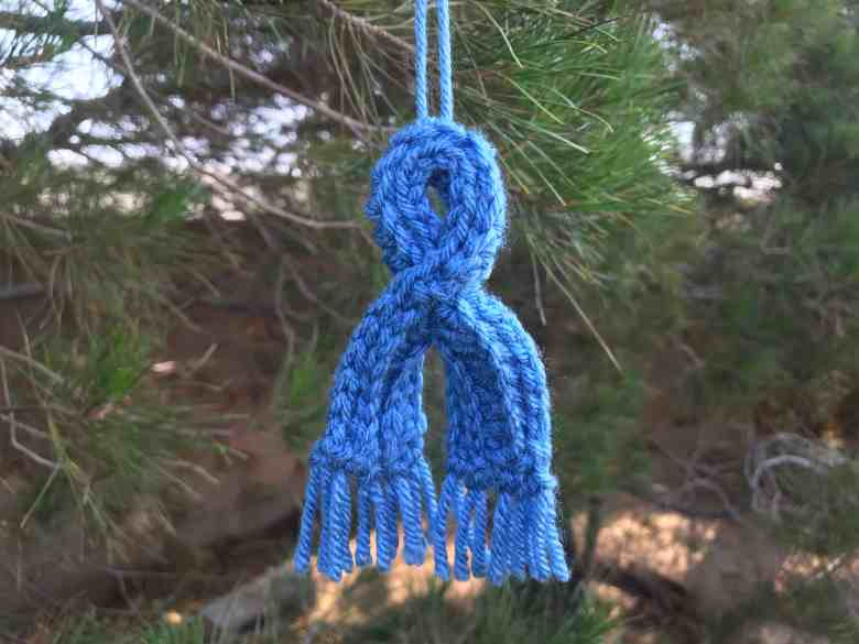 Modèle de crochet de mini écharpe gratuit