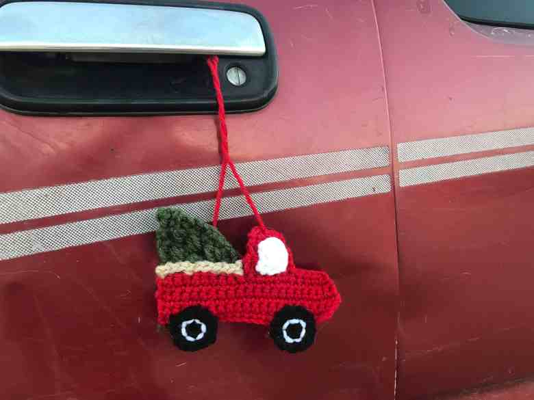 Red Truck with Christmas Tree Crochet Pattern
