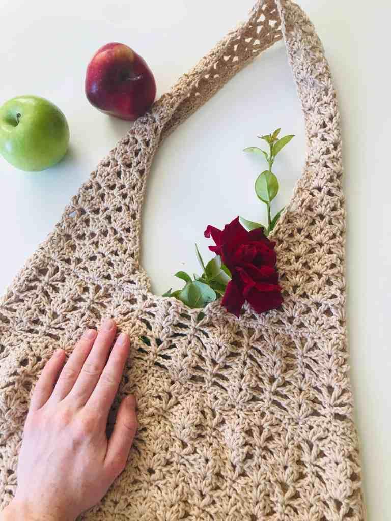 Lacy Crochet Shopping Bag Pattern