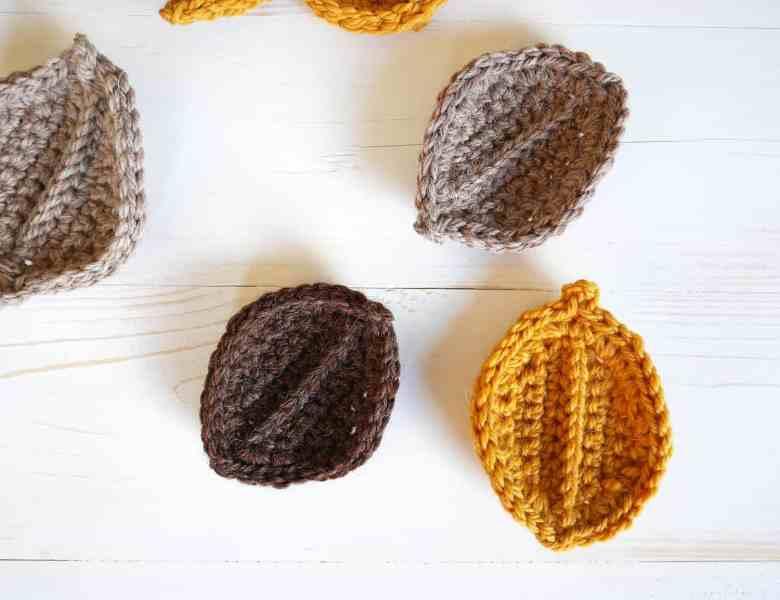 Simple crochet fall leaves