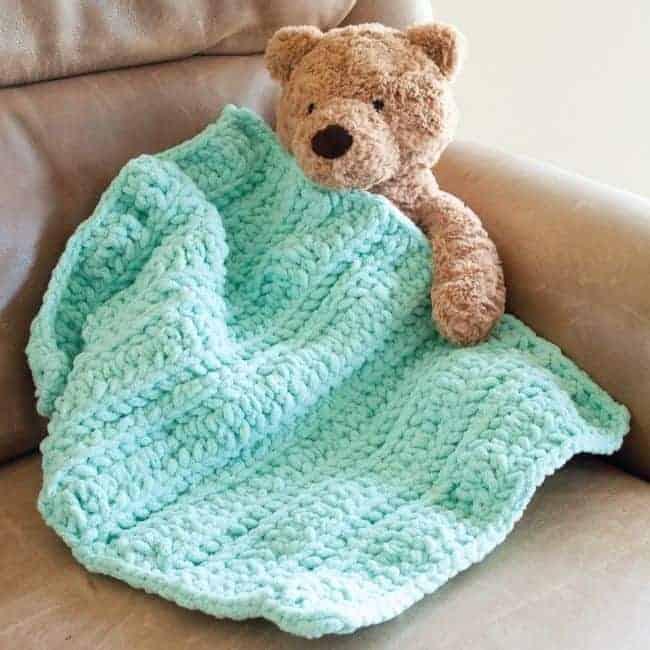 hometown USA yarn crochet baby blanket pattern