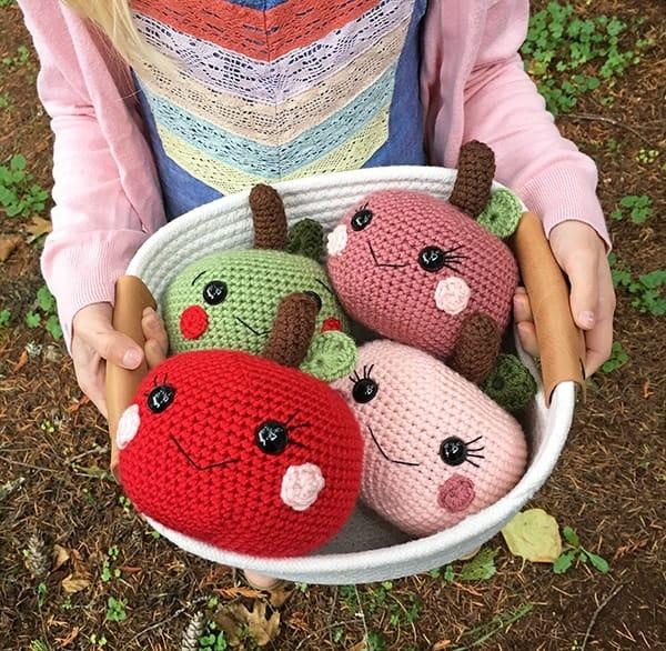 crochet apple pattern