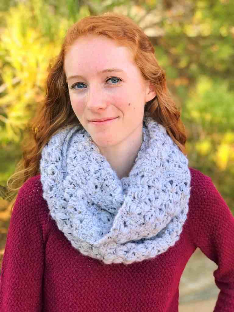 Crochet Infinity Scarf Pattern free