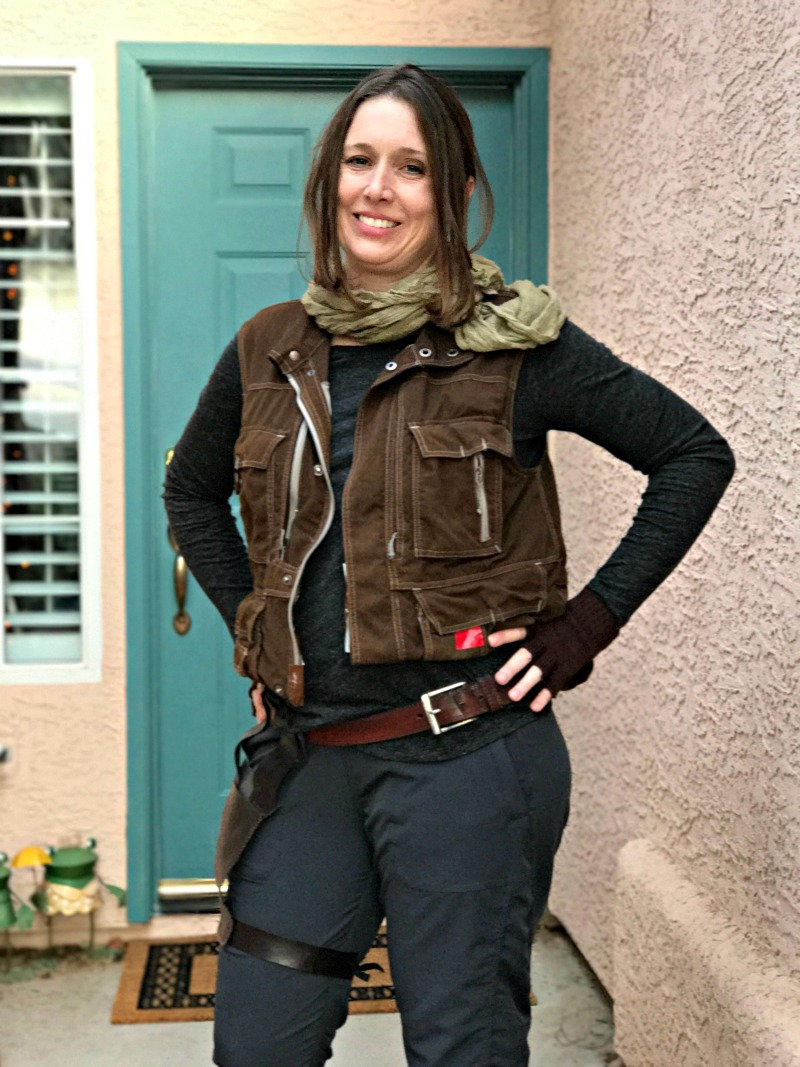 DIY Jyn Erso Cosplay Costume for Halloween