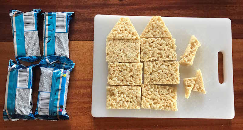 4 rice krispies treats for each rice krispies gingerbread house