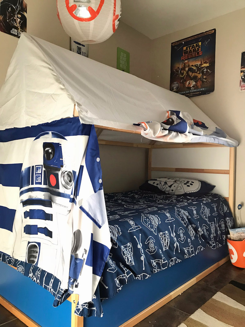 Star Wars Kura bed hack with curtains