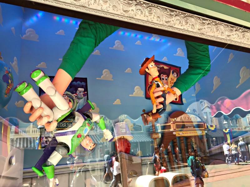 Toy Story Scene in store windows on main street for Disneyland scavenger Hunt