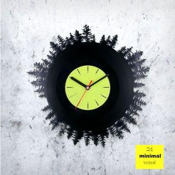 Minimal Wood Vinyl Clock by ArtZavold