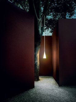 Uto Outdoor - Foscarini - Ritratti Catalogue - Image by Tommaso Satori