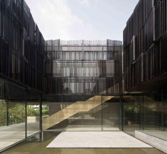 The Overlapping Land/House-Cluny House by Neri&Hu