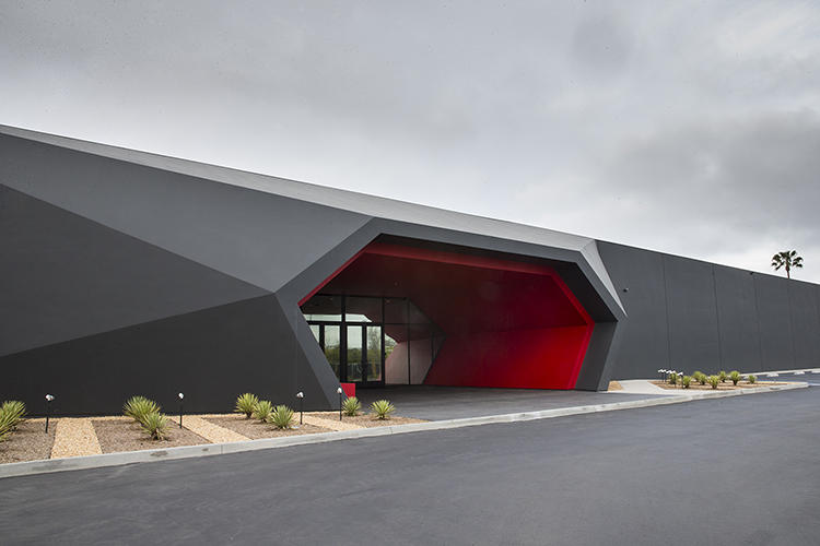 The shape of the building, designed by Los Angeles-based Clive Wilkinson Architects, was angled to evoke a futuristic bike helmet.